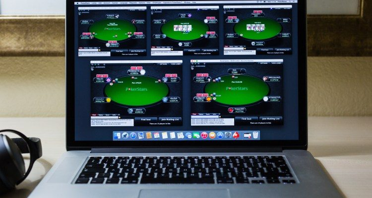 Ways to Play a Poker Ready Free Online